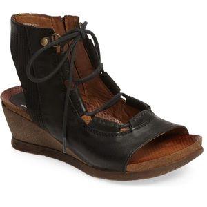 Miz Mooz Satine black sandal. Size 40. Excellent.